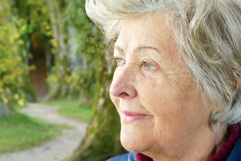 與同齡的年長者相比 感到孤獨的老人預期壽命少了3至5年