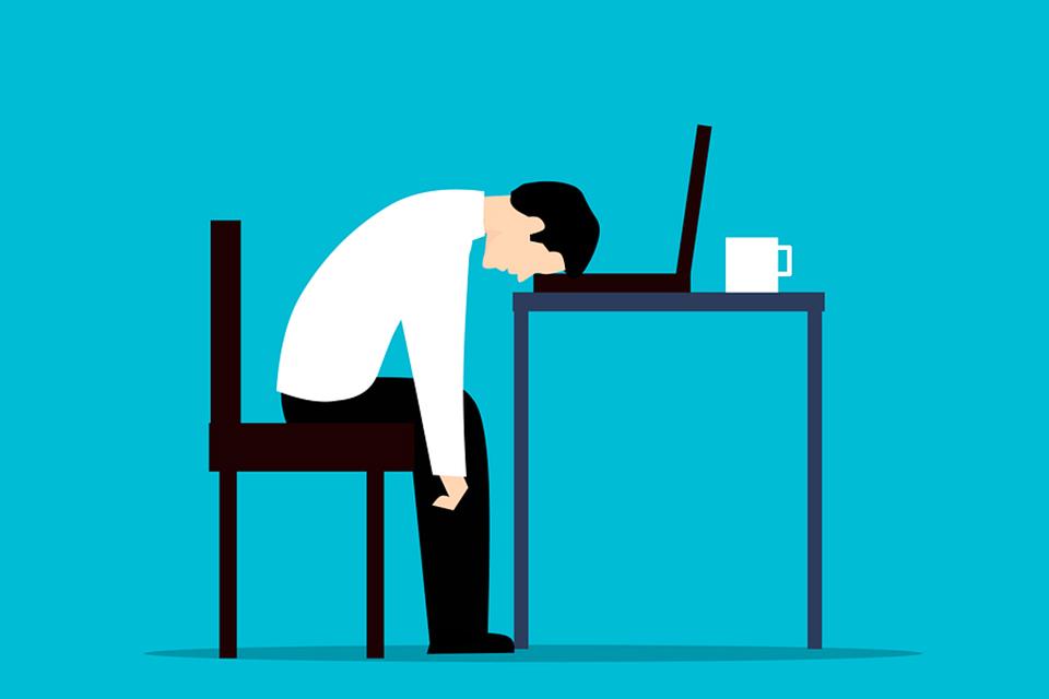 午睡片刻對健康有益處還可幫助記憶力提升 但時間過長可能透露疾病警訊