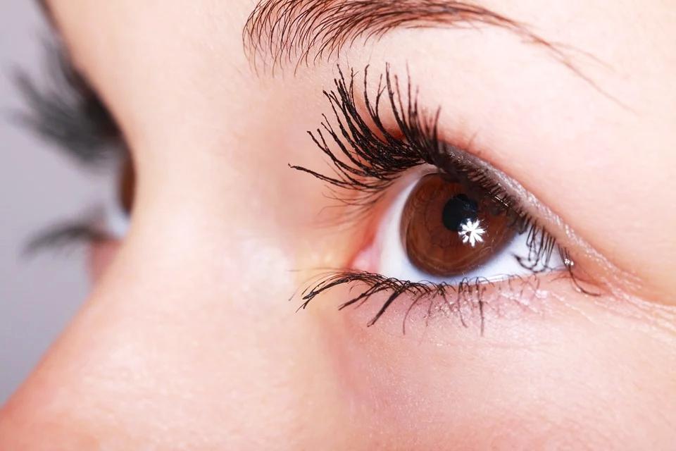 你常覺得眼睛發紅、疲勞或刺激感? 專家建議6種緩解乾眼症的方法